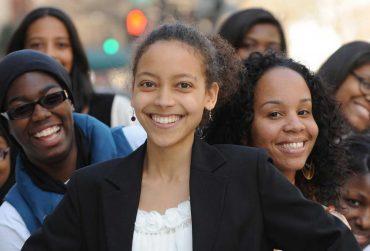 female-black-students-370x251.jpg