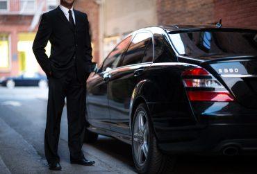 Uber-driver01-370x251.jpg