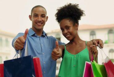 Black-couple-shopping-370x251.jpg