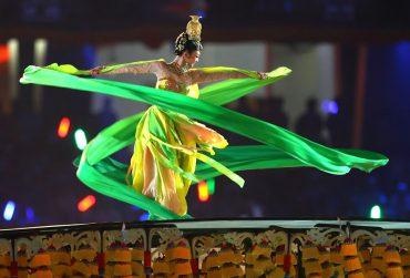 Chinese-Olympics-2008-370x251.jpg