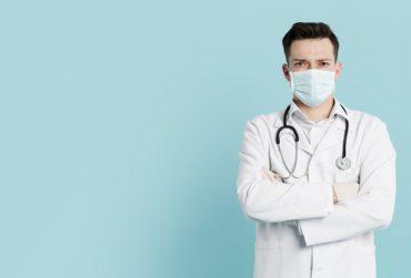 Doctor-370x251.jpg